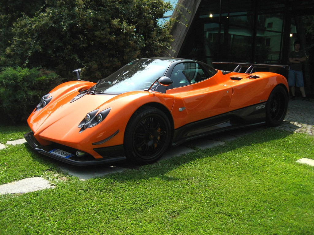 pagani zonda f orange black prototype 0 76091 page 8 forum pagani. Black Bedroom Furniture Sets. Home Design Ideas